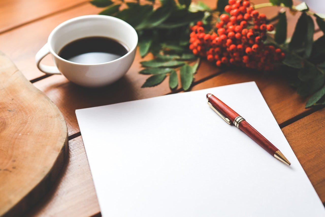 Melhores sites para encontrar frases e poemas