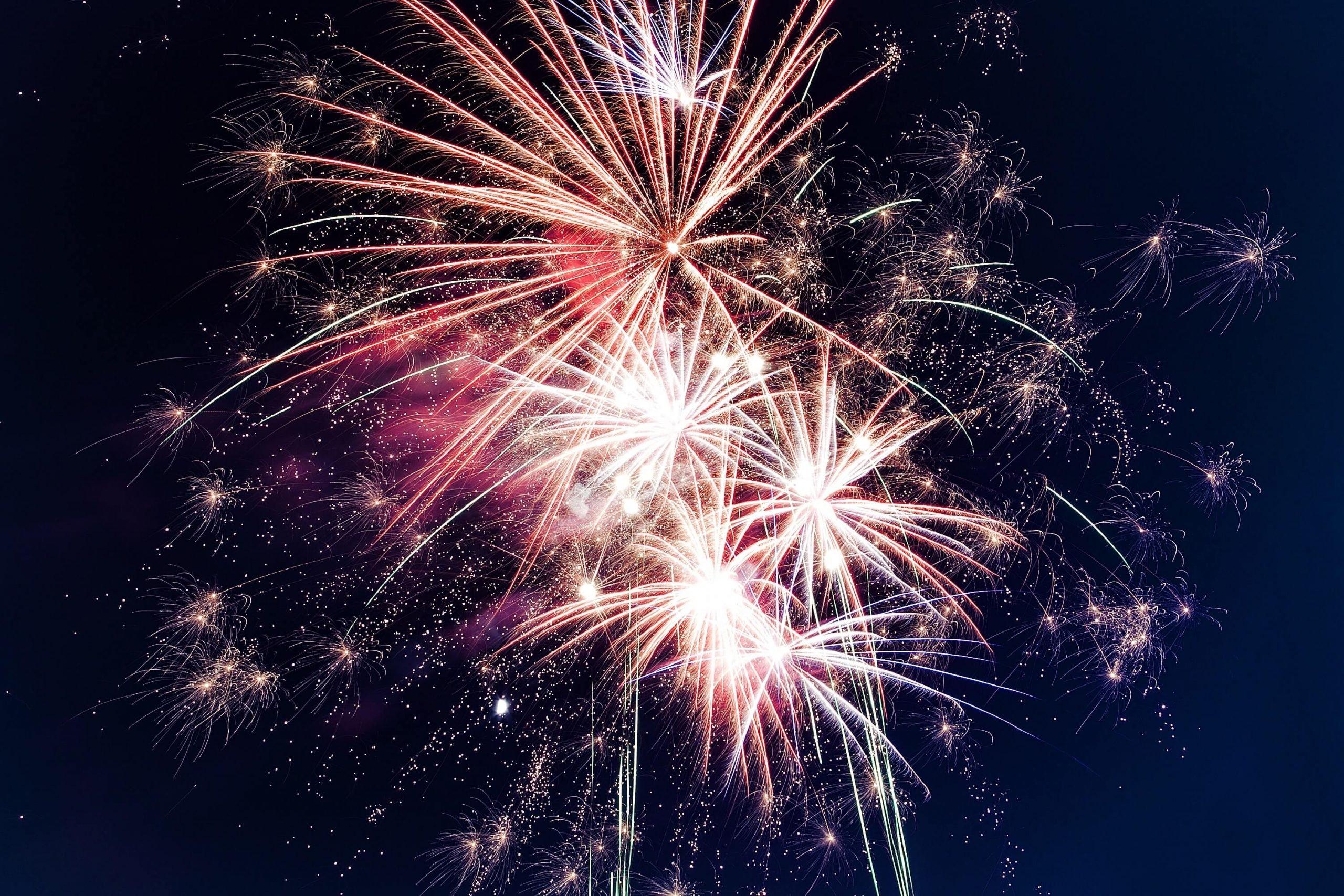 Frases para Ano Novo, superstições e resoluções