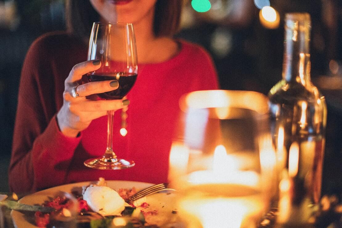 22 dicas de jantar romântico caseiro para arrasar!